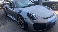 Sau tất cả, siêu xe Porsche 911 GT2 RS giá hơn 20 tỷ đồng cũng đã cập bến Việt Nam