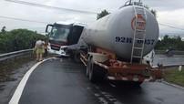 Đèo Hải Vân: Xe khách va chạm với xe bồn trong cua chỉ 2 ngày sau tai nạn xe khách lao xuống vực