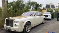 Nam Định: Cặp đôi Rolls-Royce Phantom biển đẹp bất ngờ cùng nhau xuất hiện