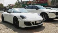 """Porsche 911 Targa 4 GTS 2018 hơn 11 tỷ đồng độc nhất Việt Nam """"làm dâu"""" tại Sài thành"""