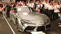 Giật mình trước chiếc Toyota GR Supra 2020 đầu tiên được bán với giá 2,1 triệu USD