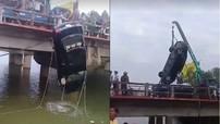 Bình Định: Toyota Corolla Altis rơi từ cầu xuống sông, tài xế tử vong trên đường về quê