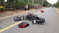 Đồng Nai: Thanh niên điều khiển Ducati Monster 821 húc vào đuôi xe container ở vận tốc 130 km/h