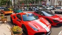 """Minh """"Nhựa"""" cùng Cường """"Đô-la"""" xuất hiện trong buổi tụ tập dàn siêu xe gần 200 tỷ đồng trên đường phố Sài thành"""