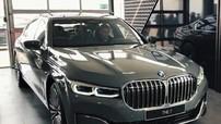 """Cận cảnh vẻ đẹp """"bằng xương, bằng thịt"""" của BMW 750Li 2020"""