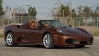 """Siêu xe Ferrari F430 Spider mang bộ áo """"thỏi sôcôla"""" cực độc của thập niên 70 chuẩn bị được đấu giá"""