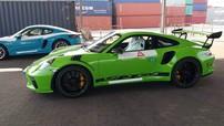 Siêu xe Porsche 911 GT3 RS đời 2019 thứ 3 về Việt Nam, độ chịu chơi của nhà giàu Việt ngày càng lớn