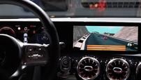 """Mercedes-Benz CLA 2020 phô diễn khả năng chơi game """"Đua xe Mario"""" bằng hệ thống MBUX"""