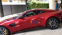 """Vất vả như đưa siêu xe Aston Martin V8 Vantage 2018 vào """"chuồng"""""""