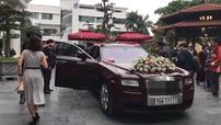 """Rolls-Royce Ghost biển """"ngũ quý"""" 1 của Hải Phòng làm xe hoa tại Hà Nội"""