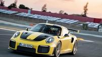 """Tàu chở 911 GT2 RS bị đắm, Porsche phải """"đền"""" xe mới cho khách"""