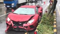 """Siêu xe Lamborghini Aventador S LP740-4 """"vỡ đầu"""" tại Đài Loan khiến không ít người xót thương"""
