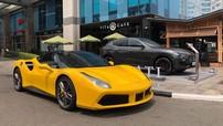 Sau khi tậu Lamborghini Aventador, doanh nhân Bình Dương bán lại siêu xe Ferrari 488 GTB vàng rực