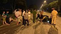 Hà Nội: Ô tô va chạm với xe máy, kéo lê bé trai 13 tuổi trên đường rồi bỏ trốn