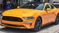 Trước lễ 30/4, Ford Mustang đời 2018 mang màu cam nóng bỏng cập bến Việt Nam, giá hơn 2,3 tỷ đồng