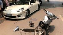 Hà Nội: Thanh niên chạy Honda Wave tông vào xe sang Porsche Panamera hơn 5 tỷ đồng