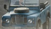 """Ngoài xe Aston Martin, James Bond còn dùng chiếc xế hộp này trong phần 25 của series phim """"Điệp viên 007"""""""