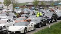 Hơn 100 chiếc ô tô tham gia hành trình siêu xe bị cảnh sát tịch thu vì tội đua trái phép