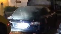 Thêm một chiếc Tesla Model S bất ngờ bốc cháy khi đang đỗ trong gara