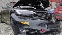 """""""Tesla đã cứu mạng tôi"""", chủ xe Model S nói sau khi thoát chết ở một vụ tai nạn tốc độ cao"""