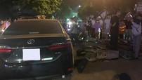"""Vĩnh Phúc: Toyota Corolla Altis """"hạ gục"""" nhiều xe máy đang dừng chờ tàu hoả, lái xe bị nghi say rượu"""