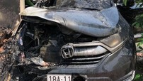Nam Định: Honda CR-V đang đỗ trước cửa nhà thì bỗng dưng bốc cháy