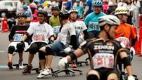 Nhật Bản không chỉ có đua xe máy, đua ô tô mà còn có cả đua... ghế văn phòng