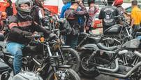 Hàng trăm biker Hà Nội đổ về Đại hội Mô tô Việt Nam 2019 trong ngày đầu của sự kiện