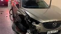 Tài xế lái Mazda CX-5 gây tai nạn liên hoàn tại hầm Hải Vân rồi cố thủ trong cabin xe container