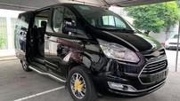 Ford Tourneo lộ giá tạm tính từ 1 tỷ đồng, Kia Sedona vẫn nằm trong khoảng an toàn