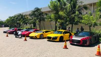 """Ferrari 488 GTB của Tuấn Hưng cùng dàn siêu xe đắt giá tụ tập tại nhà hàng Cường """"Đô-la"""" ở Vũng Tàu"""