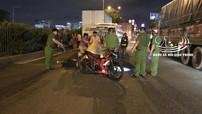 Sài Gòn: 2 thanh niên đi xe côn tay Suzuki Satria F150 thương vong trong vụ tai nạn liên hoàn