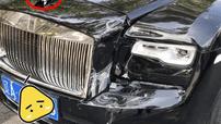 Phanh khẩn cấp của xe Volkswagen kích hoạt khiến Rolls-Royce Ghost và Lexus RX300 hư hỏng nặng nề