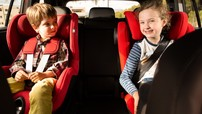 """10 """"nguyên tắc vàng"""" để đảm bảo an toàn khi chở trẻ em trong xe ô tô"""