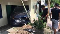 """Thái Bình: Thanh niên lùi Mazda CX-5 """"mới toanh"""", còn chưa có biển số, vào nhà bố mẹ"""