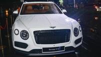 Khám phá chiếc Bentley Bentayga mang gói nâng cấp Black Specification hiếm hoi tại Việt Nam
