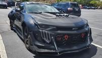 """Chiếc Chevrolet Camaro độ xấu xí này đã phải nhận nhiều """"gạch đá"""" của cư dân mạng"""