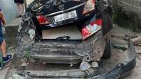 Bắc Ninh: Xe ben trôi dốc Pháo Thủ, tông trúng 2 ô tô con và ủi hàng loạt xe máy