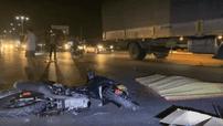 Đồng Nai: Nam thanh niên điều khiển Honda Winner va chạm với xe container, 2 người thương vong