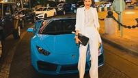 """""""Soi"""" siêu xe Lamborghini mui trần Hoa hậu Phạm Hương cầm lái ở Mỹ"""