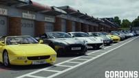 """""""Vua đầu bếp"""" Gordon Ramsay mang dàn siêu xe cực """"khủng"""" đến đường đua nhưng vắng Ferrari Monza SP2"""