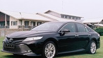 Thách thức Honda Accord 2020, Toyota Camry lập kỷ lục doanh số trong tháng 10