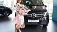 Hot girl Sam tậu Mercedes-Benz V250 Luxury giá gần 2,6 tỷ đồng tại Việt Nam