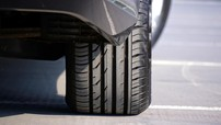 Vụn lốp xe ô tô đóng góp 10-28% rác thải nhựa ngoài đại dương