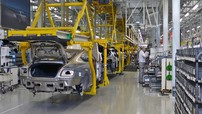 Bentley, Bugatti, và Jaguar Land Rover thông báo đóng cửa sản xuất vì COVID-19