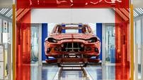 Sau một thời gian cố chấp, Aston Martin đã đóng cửa tất cả nhà máy ở Anh Quốc vì COVID-19