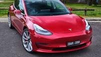 Chủ xe nhốt được tên cướp bên trong chiếc Tesla Model 3 vì nhanh trí sử dụng tính năng này