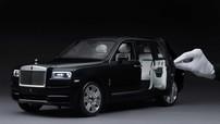 Mất tới 450 giờ làm thủ công để hoàn thiện một mô hình xe Rolls-Royce Cullinan như thế này