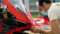 Cận cảnh chiếc Ducati Panigale V4 R đồ chơi tỷ lệ 1:1 khiến người xem muốn mua ngay