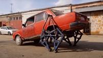 """Chứng kiến thợ máy người Nga """"lắp chân thép"""" cho chiếc Lada cũ kỹ"""